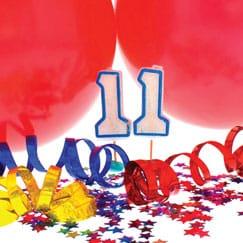 Suministros de fiesta de cumpleaños 11