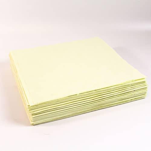25 Manteles de Papel Color Marfil 90 x 90 cm