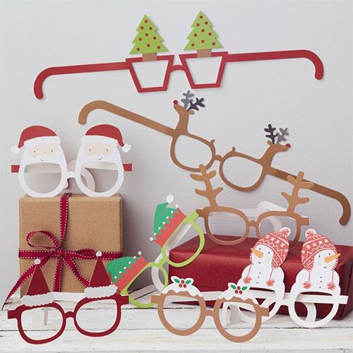 Surtido de Vasos Divertidos de Papel de Navidad de Novedad - Paquete de 8