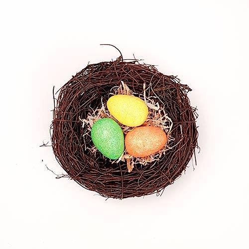 Nido De Pájaros De Pascua Con Huevos De Purpurina